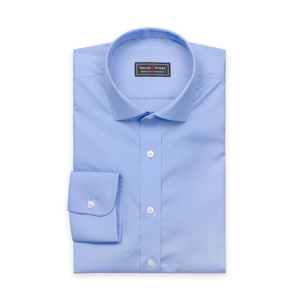 Niebieska popelinowa koszula z modnym, włoskim kołnierzykiem