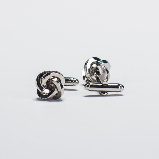 Silberne knotenförmige Manschettenknöpfe