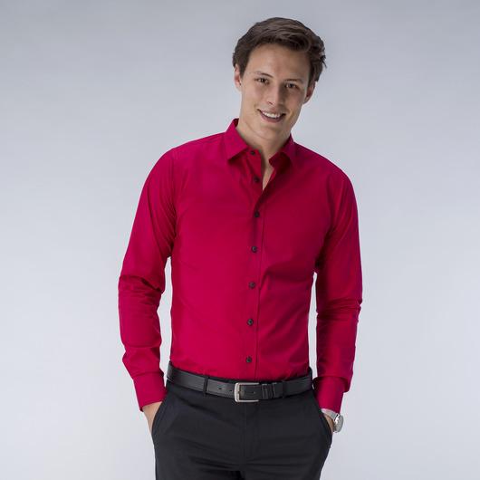 Mörkröd skjorta